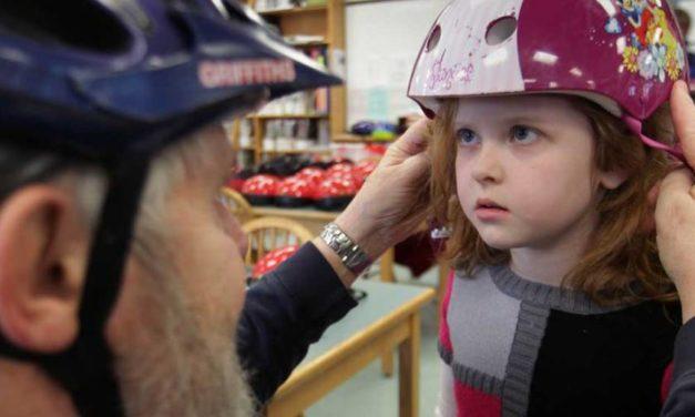 Bike helmets save lives – new study