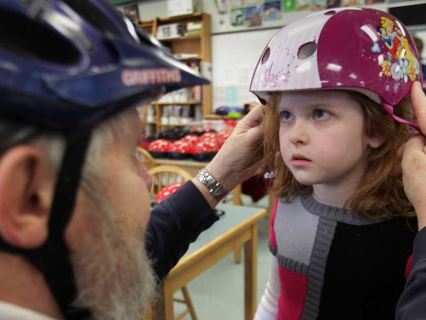 Bike helmets save lives – new study
