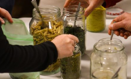Make Your Own Natural Hiking Meals